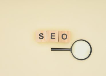 O que significa SEO (Search Engine Optmization)? Otimização de Motores de Busca.